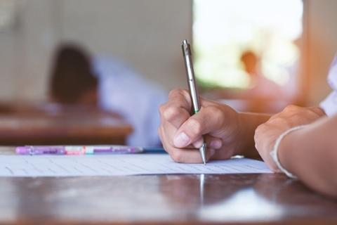 כתיבת מבחנים