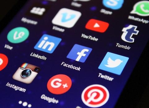 """""""המועדון"""" : השימוש ברשתות חברתיות לצרכים עסקיים"""
